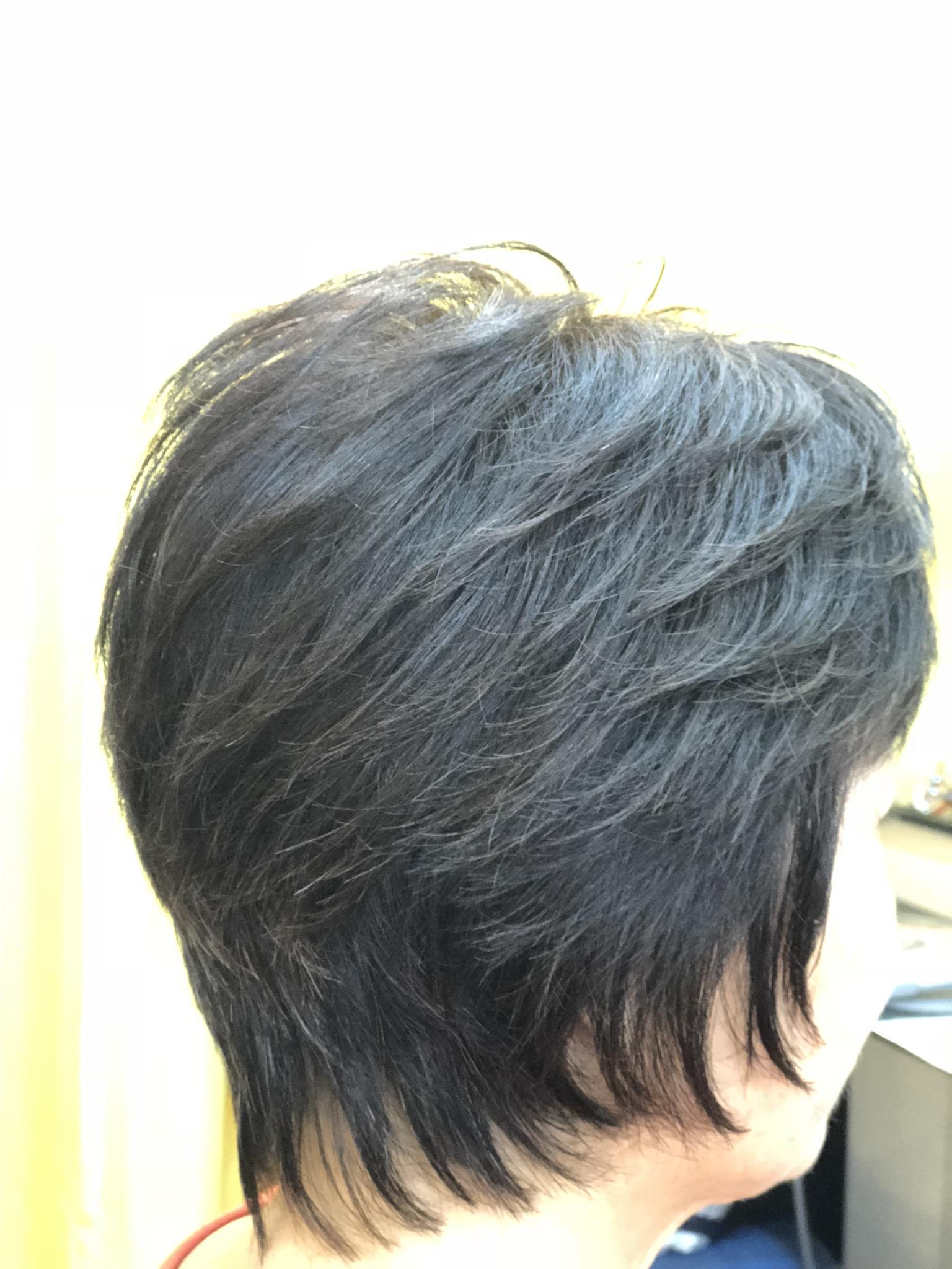 くせ毛の方はまとまりやすい長さにすると楽ですよ