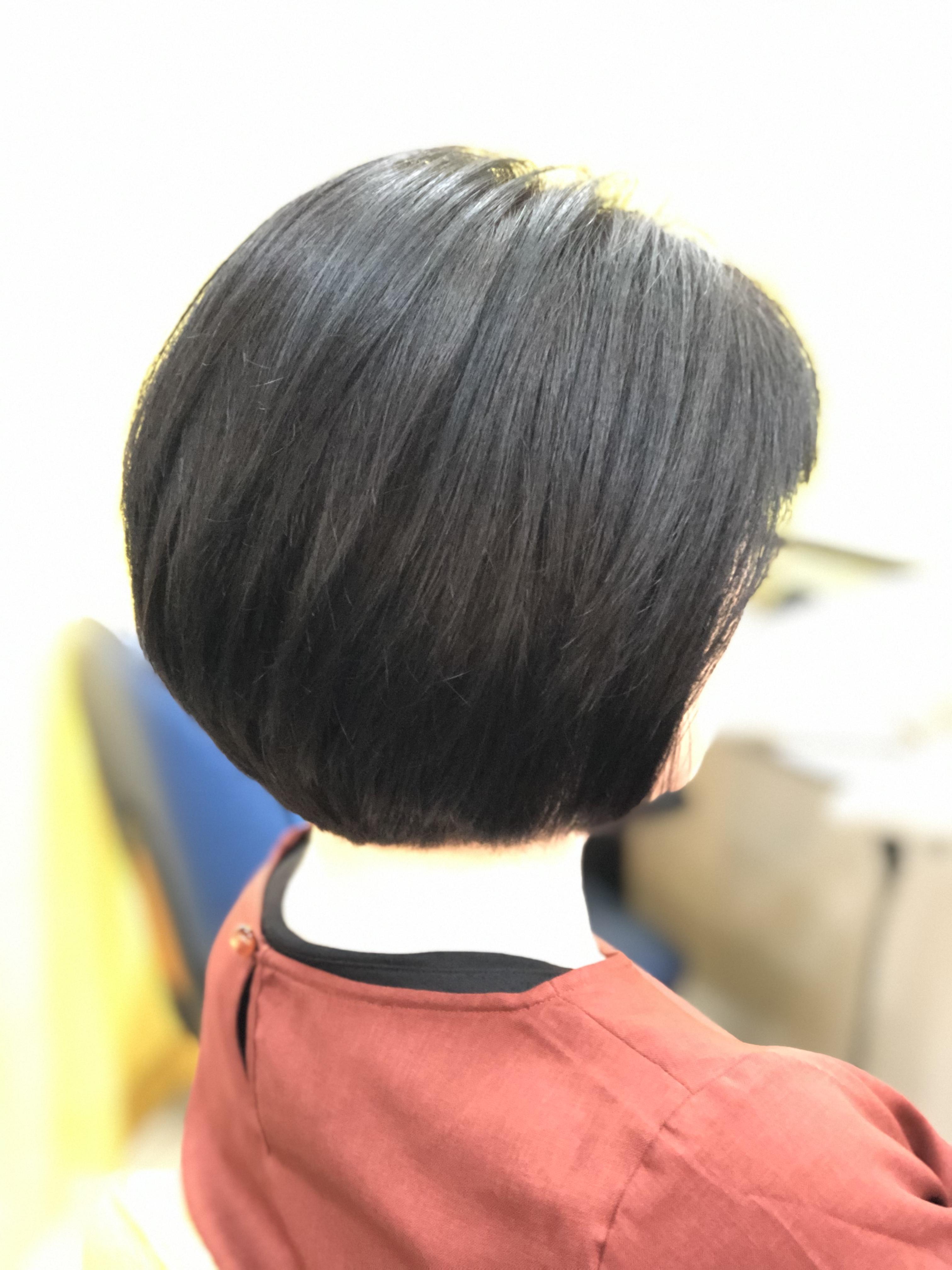 くせ毛ブローレススタイル《キュビズムボブ》